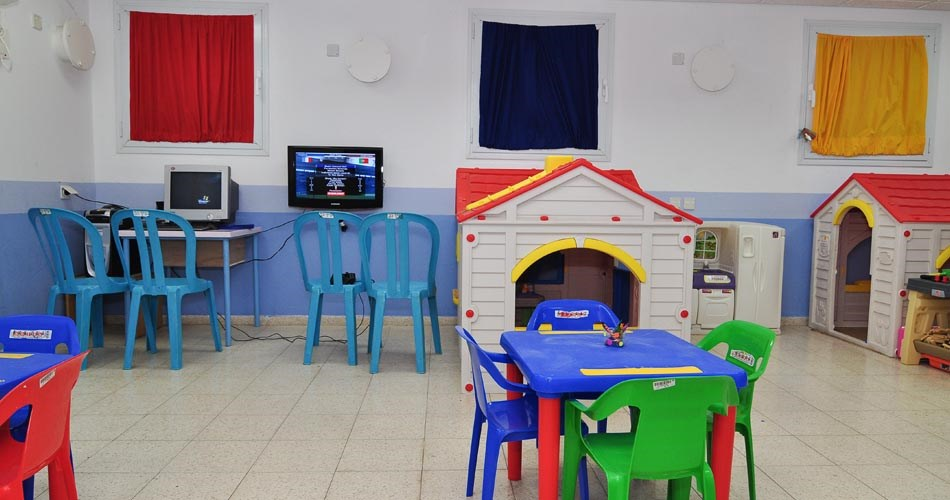 colorful playroom - ein gev